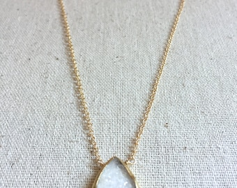 Gold necklace with druzy pendant