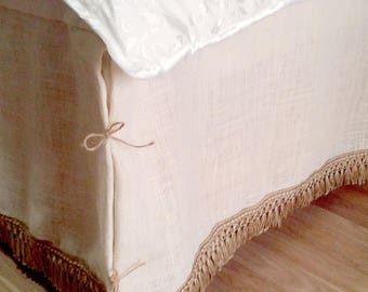 Ivory Bed Skirt - Bedskirt with Rustic Fringe - Ivory Burlap Bedskirt - Burlap Bedding - Farmhouse Bedskirt - Burlap Valance - King Size