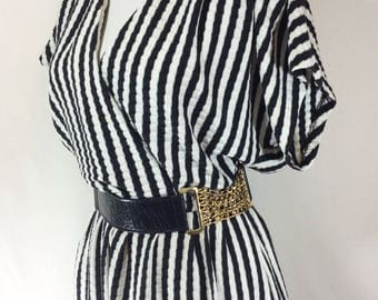 Womens Vintage Black/White Striped Faux-Wrap Knit Day Dress with Pleated Sleeves size M