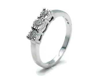 White Gold Diamond Engagement Ring, Womens Rings, Diamond Rings Women, Engagement Ring, Diamond Engagement, Gold Rings Women, Diamond Trio