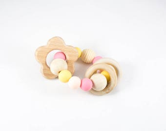 Wooden Baby Toy - Wooden Teether - Christmas Baby Gift - Baby Rattle - Natural Baby Toy - Teething Toy - Flower Teether - Baby Girl Gift