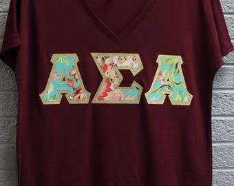 Alpha Sigma Alpha Maroon Bella Flowy V-Neck With Amy Butler Bliss Bouquet on Gold Metallic (254C)