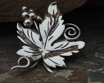 Damaso Gallegos ~ Vintage Taxco Sterling Silver Grape Leaf Pin / Brooch with Grapes c. 1940's