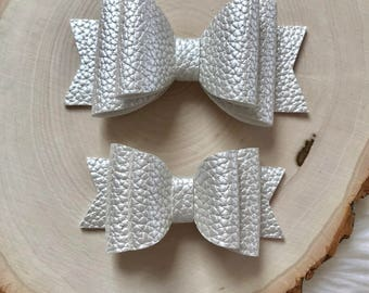 Pearl White Faux Leather Bow, White Bow, White Hair Bow, Baby Hair Bow, Flower Girl Hair Bow