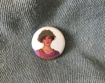 molly ringwald, molly ringwald button, sixteen candles,   1 inch pin back button