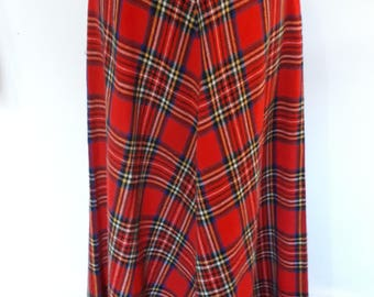 Vintage red maxi skirt tartan plaid full length maxi kilt by Prova Made in Britain size small