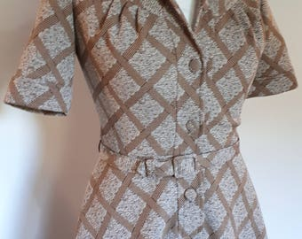 Vintage dress 70s brown beige checked dress by Leygil of London with matching belt size size small made in England