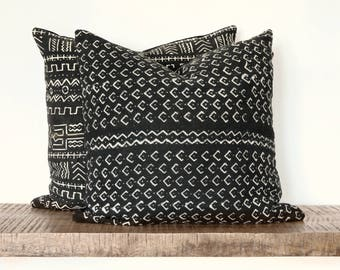 """African Mudcloth Pillow cover, Mud cloth Cushion, Black white tribal throw pillow, 20"""" accent pillow, Mali mudcloth, hand dyed pillow"""