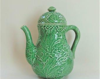 Bordallo Pinheiro Coffee Pot Vine Leaf Motif Green Glazed Portuguese Majolica Kitsch Retro Serving Tableware