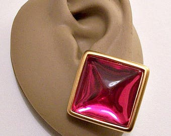 Monet Red Pink Square Pierced Stud Earrings Gold Tone Vintage Large Domed Clear Center Rimmed Extended Edges Surgical Steel Posts