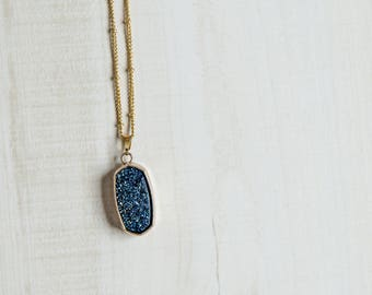 Blue Crystal Druzy Pendant Necklace : New Age Jewelry, Hippie Jewelry, Boho Necklace, Crystal Necklace, Festival Jewelry