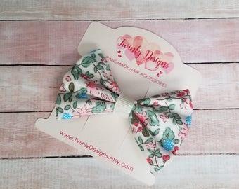 Girls Floral Print Bow, Small Hair Bow, Mini-Bow, Girls Hair Bow, Girls Bow, Toddler Bow, Baby Bow, Girls Hair Clip, Girls Barrette