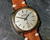 Vintage Mens Bulova Accutron Watch 10kt Rolled Gold Case with Linen Dial Light Brown Leather Strap Square 70s Cal 2180 Tuning Fork