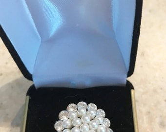 Pearl & Rhinestone Cluster Button Ring