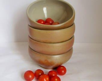 Vintage Stoneware Salt Glazed Bowls. Set 4 Rustic Farmhouse Bowls.