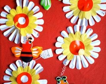Vintage Bee Flower Bunting 1960s