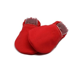 Red baby shoes, Slippers, Solid color Booties, Red baby booties, Baby moccasins, Red toddler shoes, Stay on booties, Red baby gift,Red shoes