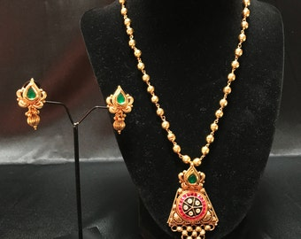 Indian Jewelry Set - Temple Jewelry - Indian Wedding - Indian Bridal - Pendent Set - Pakistani Jewelry - Bollywood Jewelry - Kundan - Desi -
