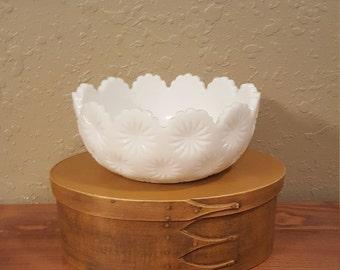Large vintage milk glass bowl.  Scalloped milk glass, starburst milk glass.  Unique white milk glass bowl