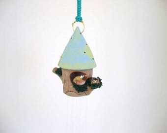 Wind chime, ceramic birdhouse chime, birdhouse with sparrow and nest