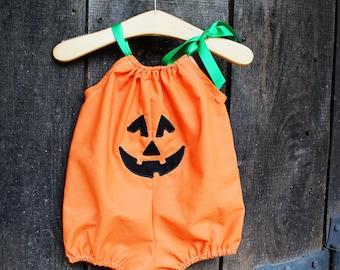 Pumpkin Costume, Jack o' lantern romper, baby halloween outfit, orange and black, halloween bubble romper, babies first halloween, NB-18m