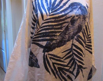 Vintage 1970's 1980's Peasant Blouse Boho White 100% Silk Top with Blue Hand Painted Palm Leaf Design Size Small or Medium