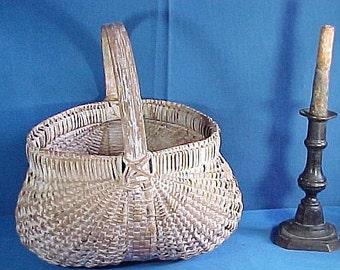 Antique Wood Splint Basket in Oyster White Paint,  Antique Primitive