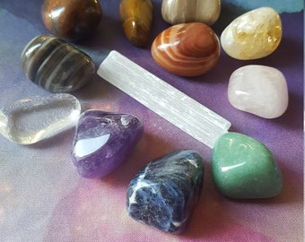 Reiki infused chakra crystal collection bundle with amethyst, citrine, quartz, sodalite, green aventurine, jasper, selenite, rose quartz