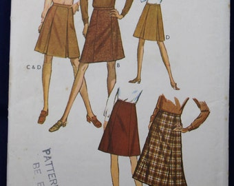 Sewing Pattern for a Woman's Set of Skirts in Size 18 - Style 2993