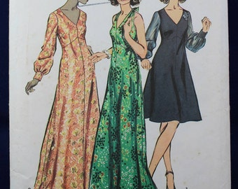 Evening or Prom Dress Sewing Pattern in Size 16.5 - Simplicity 5432