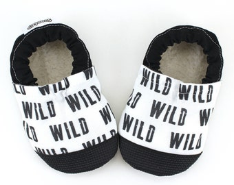wild baby shoes monochrome shoes black and white moccs soft sole shoes wild booties rubber sole shoes rubber toe shoes toddler wild child