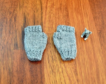 Grey baby mittens - hipster baby gift - christmas baby - fingerless gloves - grey wool baby handwarmers - baby shower - gender neutral baby