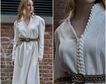Retro Statement dress | vintage 1970s dress | cream R & K originals 70s dress