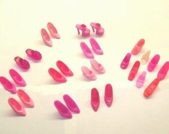 Vintage barbie doll shoes lot-millennial pink doll shoe-old barbie doll shoes-old barbie shoes-pink barbie heels-barbie pumps-old barbie lot