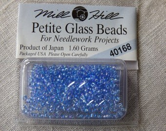 Mill Hill Petite Glass Beads 40168 bead