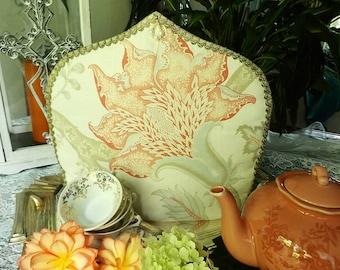 Floral Tea Cosy with Pearls, Tea Cosy with Stylish Flower, Theemuts met gestyleerde bloem