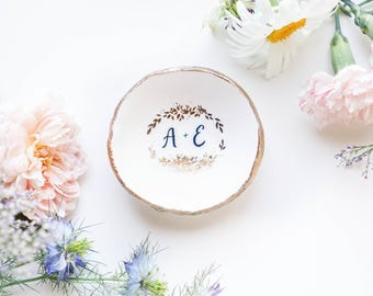 Engagement Ring Dish / Jewelry Dish / Bride to Be Gift / Wedding Gift / Personalized Gift / Personalized Bridesmaids Gift / Engagement Gift
