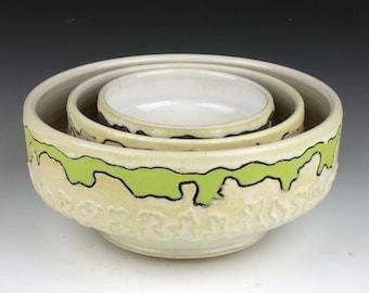 Large nesting bowl