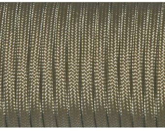 30 feet of Paracord 4mm Brown Coyote ideal for survival bracelets