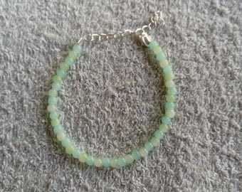 Bracelet green and blue beads