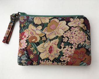 SMALL multi-colored faux-embroidered vintage floral zippered pouch