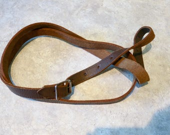 Vintage leather strap, XL luggage strap, horse strap,  trunk strap, 25 hole options,  thick chunky strap, 70s, 590/1115