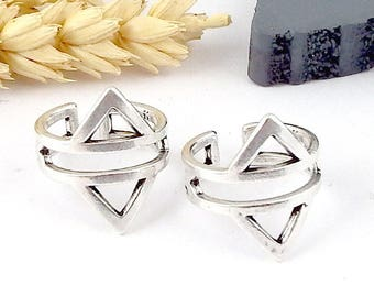 Greek style triangles ring personalized silver plated