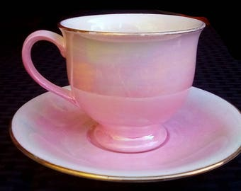 Royal Winton Pink Lusterware Footed Teacup And Saucer Set Made In England gold Gilt