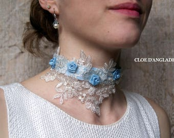 Choker necklace/romantic for the bride with Ecru lace and blue flowers