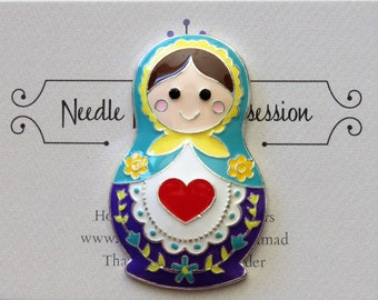 Russian Doll Needle Minder