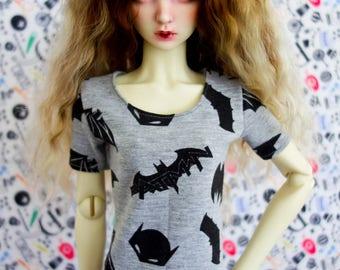 BJD SD clothes t-shirt bats and batman