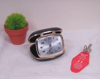 Vintage 1950s Era Bulova Clamshell Folding Travel Alarm Clock - Made In Japan