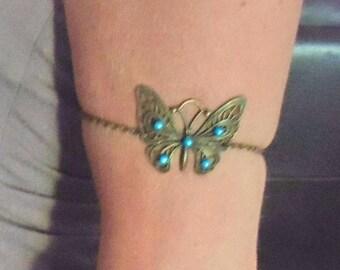 Bracelet of bronze arm