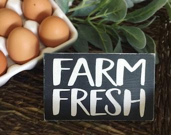 Farm to Table Sign, Farm Fresh Sign, Farmhouse Wood Sign, Farm-to-Table, Farm to Table Sign, Farm-to-table, Farmhouse Style Sign, Hand Paint
